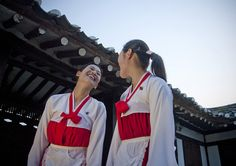 North Korea singers at Kaesong   Flickr - Photo Sharing!