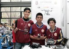 CONSTRUYEN POLITÉCNICOS DRONES RECREATIVOS E INDUSTRIALES