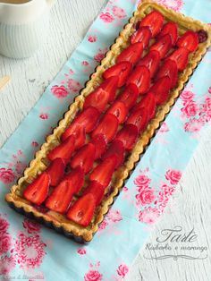 Coconut and Vanilla: Strawberry and Rhubarb Pie