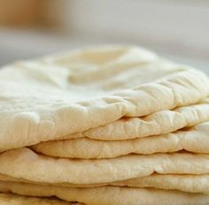 ~~pinned from site directly~~ . How To Make Pita Bread at Home — Cooking Lessons from The Kitchn Tortillas, Bread Recipes, Cooking Recipes, Cooking Bread, Pita Recipes, Cooking Ribs, Bread Baking, Homemade Pita Bread, Baking Stone