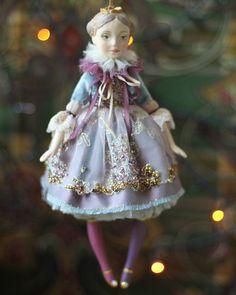 Миниатюра номер 3, заключительная В этом году я всё! 21см, la doll, шелк, бархат, бисер, стразы.  Нашла свой дом и елку  .  #елочноеукрашение #елочнаяигрушка #кукла #авторскаякукла #куклы_ольги_гречко #скороновыйгод #елка #рождество #праздник #подарок #doll #artdoll #treeornaments #handmadedoll #newyearcomingsoon #happynewyear #christmas