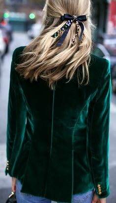 green velvet blazer and rhinestone satin ribbon hair bow barrette - Women's Fashion Fashion Mode, Nyc Fashion, Look Fashion, Fashion Outfits, Womens Fashion, Fashion Tips, Fashion Trends, Feminine Fashion, Fashion Stores