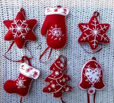 We gathered up Over 55 of the Best Diy Christmas decorations and Craft Ideas to share with you today! We gathered up Over 55 of the Best Diy Christmas decorations and Craft Ideas to share with you today! Christmas Tree Jar, Felt Christmas Decorations, Felt Christmas Ornaments, Homemade Christmas, Diy Ornaments, Christmas Countdown, Acorn Decorations, Christmas Nativity, Beaded Ornaments