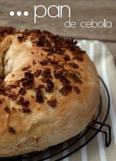 Bocados dulces y salados: Pan de cebolla Pan Bread, Yeast Bread, No Bake Desserts, Bagel, Bread Recipes, Rolls, Vegetarian, Baking, Paninis