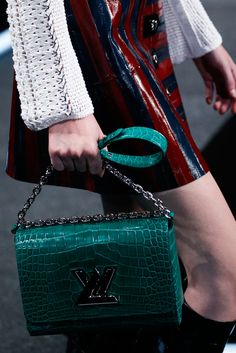 Louis Vuitton Spring 2015 Ready-to-Wear - Collection - Gallery - Look 1 - Style.com