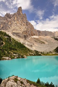 Lago Sorapis, Dolomites, province of Belluno, Veneto, Northern Italy