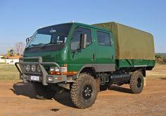 Dirt toy! Mitsubishi Fuso 4x4