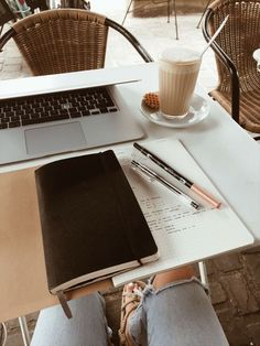 Economics Studyblr — procrastinationlikeapro: so i guess… - SCHOOL NOTES Study Desk, Study Space, Book And Coffee, Coffee Study, Study Organization, Study Hard, Study Notes, Study Motivation, Student Life