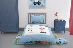Car themed toddler duvet Car Themed Nursery, Nursery Themes, Nursery Ideas, Baby Boys, Toddler Boys, Toddler Duvet Set, Childrens Duvet Covers, Cotton Duvet, Toot