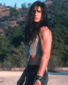 Billy Wirth aka Dwayne from the Lost Boys Native American Models, Native American Pictures, Native American Beauty, Gorgeous Men, Beautiful People, Lost Boys Movie, Billy Wirth, Cherokee, Hot Guys