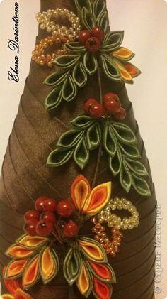 Tina's handicraft : 24 different ideas for wedding gadget Ribbon Art, Ribbon Crafts, Fabric Crafts, Satin Flowers, Felt Flowers, Fabric Flowers, Wine Bottle Art, Wine Bottle Crafts, Paper Flowers Craft