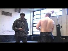 flv - The fighting style created in the US prison system. Martial Arts Styles, Mixed Martial Arts, Wing Chun, Self Defense Martial Arts, Martial Arts Workout, Self Defense Techniques, Boxing Training, Martial Artists, Aikido