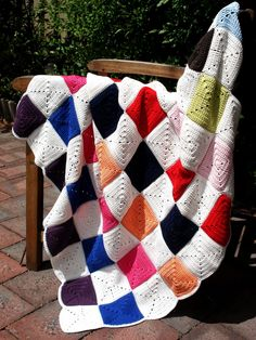 When you can't buy it from FAO Schwartz, make it yourself. A reproduction of Shiloh Jolie-Pitt's blanket Crochet Afghans, Baby Blanket Crochet, Crochet Baby, Shiloh Jolie, Jolie Pitt, Baby Blankets, Hugs, Make It Yourself, How To Make