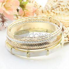 http://www.thdress.com/white-six-laps-alloy-bracelet-p13501.html