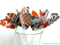 Cool Ideas To Make Drinks And Treats Looks Spooky For A Halloween Party - Shelterness Halloween Favors, Halloween Drinks, Halloween Projects, Halloween Cards, Holidays Halloween, Halloween Treats, Halloween Diy, Halloween Decorations, Halloween Parties