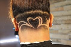 The Heart Design Undercuts You are in the right place about nape undercut t Undercut Ponytail, Undercut Fade, Undercut Women, Undercut Hairstyles, Trendy Hairstyles, Female Undercut, Shaved Nape, Shaved Head, Nape Undercut Designs