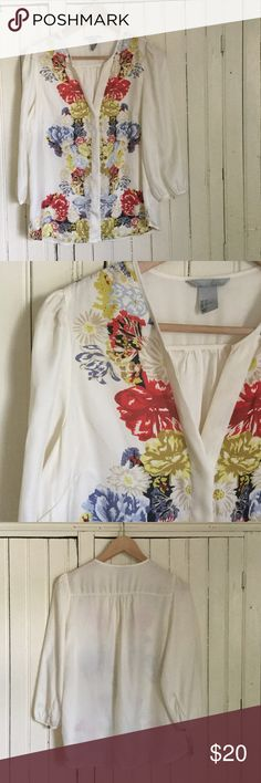 H&M Floral Blouse - 8 In my humble opinion, H&M's best blouse ever. So pretty and happy and versatile! This is in excellent used condition.  No spots or flaws or other defects. Polyester. H&M Tops Blouses