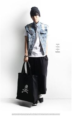 minsobi bags – unisex + metrosexual bag with skullhead embroidery. just cool. minsobi Japan fashion style!   1 colour: black 1 size: one size