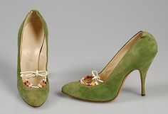 Pretty 50's shoes!  Bruno Magli 1958 Women's vintage fashion footwear