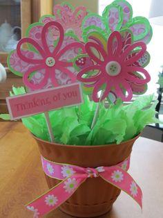 Flower Pot Centerpiece made with Cricut