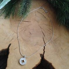 """""""NEW"""" pretty, classic, silver pendant necklace. This pretty silver tone pendant necklace is a great classic piece piece for work or play! Goes with many outfits. Length is from 10"""" to 11"""". Final Price Jewelry Necklaces"""