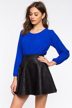 Боди Размеры: S, M, L Цвет: ярко-синий, малиновый, белый Цена: 1489 руб.     #одежда #женщинам #боди #коопт