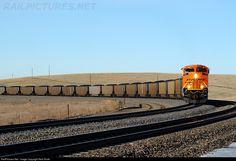 RailPictures.Net Photo: BNSF 9024 BNSF Railway EMD SD70ACe at Crawford, Nebraska by Nick Smith