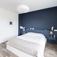 painted nook - nice blue Contemporary Bedroom by Atelier Form - Architectes DESL