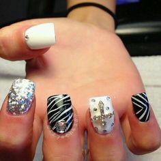 Black white and silver cross animal stripe nailart #nailart #nails #black #white #stripe #silver #cross #animal