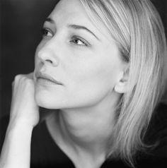 Kate Blanchett beauty in simplicity