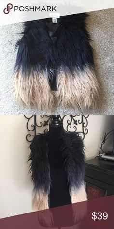 Buckle Fully lined faux fur ombré vest Sz S NWOT from Buckle Sz S very unique and fun ombré vest!  Get ready for Fall! Daytrip Jackets & Coats Vests