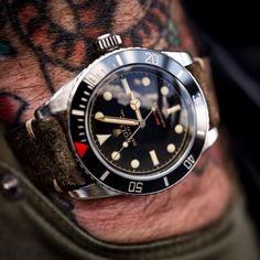 "393 Likes, 10 Comments - Tempus Machina Watch Company (@tempusmachinawatch) on Instagram: ""Mid afternoon wristie on the #wrongwrist - The Ref 216A Red Depth Submariner. The only modern Rolex…"""