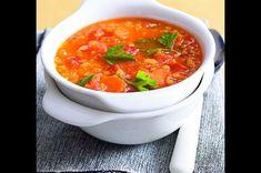 Čočková polévka s kari | Apetitonline.cz Thing 1, Thai Red Curry, Soup Recipes, Food And Drink, Ethnic Recipes, Soups, Soup, Soap Recipes