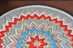 Patchwork Notes:  Folded Circle - here's a tutorial for the somerset star: http://www.thebusybean.com/2012/10/how-to-somerset-star/