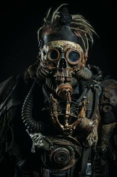 cargo cultism: gasmask anachronistic, but lizardfolk tribes will occasionally find things of more advanced civilisations and repurpose them as tribal fetishes Chat Steampunk, Steampunk Kunst, Mode Steampunk, Style Steampunk, Steampunk Fashion, Steampunk Pirate, Steampunk Gas Mask, Gothic Steampunk, Steampunk Clothing