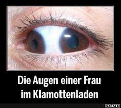 Die Augen einer Frau im Klamottenladen..