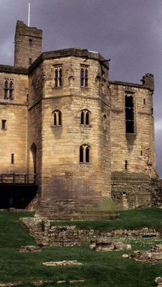 Warkworth Castle,  Northumberland, England   ..rh