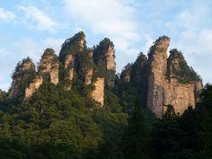 Zhiangjiajie NP - China. Afla mai multe: http://www.imperatortravel.ro/2012/09/marco-polo-express-jurnal-de-china-vrajit-prin-tinutul-avatar.html
