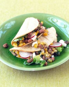 Black-Eyed Pea Tacos Take a break from the usual bean-and-cheese taco filling by using black-eyed peas, corn, and goat cheese. Add color by garnishing the tacos with shredded lettuce and sliced radishes Mexican Food Recipes, Vegetarian Recipes, Dinner Recipes, Healthy Recipes, Vegetarian Dish, Party Recipes, Mexican Dishes, Diabetic Recipes, Vegetable Recipes