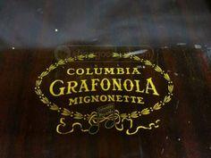 Antique Phonograph Columbia Grafonola Mignonette