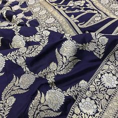 If only our eyes saw souls instead of bodies... how different our ideals of beauty would be... The grandeur of the depth of blue with the intertwined Zari intricately handwoven Saree. Whts App +91 9884115000 for purchases. #vermilionbyvinti #royaltrousseau #weavesofindia #sareelove #vintagerevival