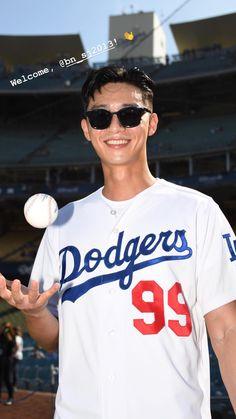 Hot Korean Guys, Hot Asian Men, Korean Men, Korean Celebrities, Korean Actors, Dodgers, Park Seo Joon Instagram, Joon Park, Park Seo Jun