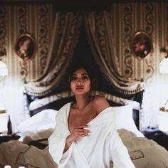 Filipina Girls, Filipina Actress, Nadine Lustre Instagram, Nadine Lustre Fashion, Kathryn Bernardo Photoshoot, Lady Luster, Short Wavy Hair, Jadine, Best Actress