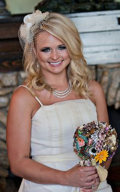 Miranda Lambert sparkling with her Ritzy Rose Brooch Bouquet!