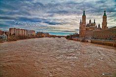 Marzo 2015 Aragon, Barcelona Cathedral, Big Ben, Monument Valley, Building, Nature, Travel, Bridges, Santiago