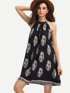 Online shopping for Multicolor Print Sleeveless Crew Neck Shift Dress from a great selection of women's fashion clothing & more at MakeMeChic.COM.