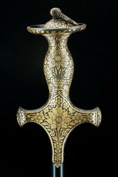 Sword hilt, India, 18th century