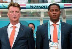 Theo thể thao 24h  Patrick Kluivertcho biết không hề ngạc nhiên với sự tiến bộ của Manchester United gần đây và cũng thừa nhận HLV Van Gaal luôn cần   video bong da: http://ole.vn/video-bong-da.html; u19 viet nam: http://ole.vn/topic/u19-viet-nam.html; xo so moi nhat: http://xosomoinhat.blogspot.com;   bao bong da: http://bongda.sms.vn