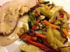 Kalkunbryst med ovnsstekte grønnsaker 1 Meat, Chicken, Recipes, Food, Lily, Recipies, Essen, Meals, Ripped Recipes