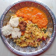 Collection of South Indian,Tamilnadu recipes with step by step instructions. Simple Vegetarian and Non Vegetarian dishes for every day cooking. Lunch Recipes Indian, Ethnic Recipes, Healthy Rice, Lunch Menu, Rice Dishes, Lunch Ideas, Meal Planning, Curry, Cooking Recipes